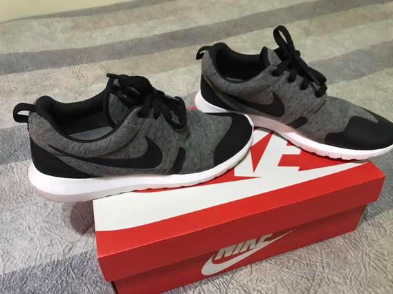 Tênis Nike Roshe Run Número 39