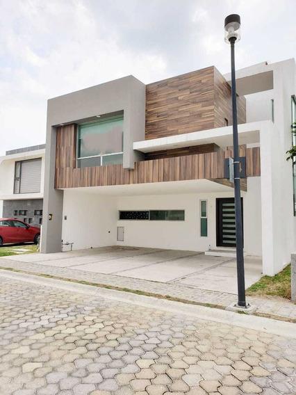 Renta De Casa En Lomas De Angelopolis, Cluster Nuevo Leon