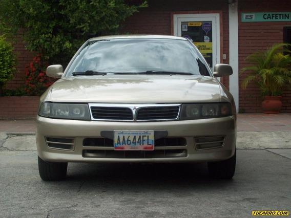 Mitsubishi Signo Sedan