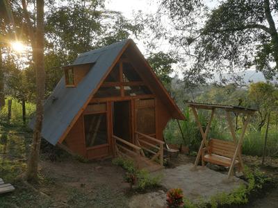 Se Vende Lote Con Hermosa Cabaña Via Mesitas