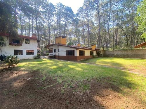Casa En Venta Para Remodelar, Valle De Bravo