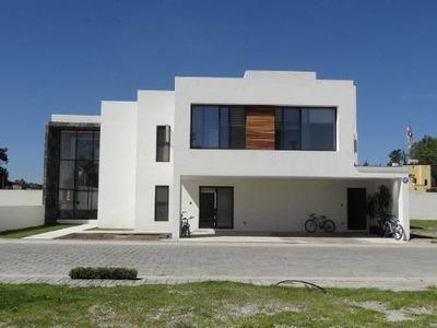 (crm-140-391) Casa En Venta En Tlaxcala, Tlaxcala