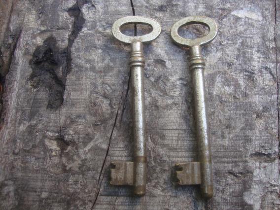 Lote De 2 Antiguas Llaves De Bronce 9,7 Largo X 2,7 Ancho