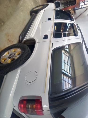 Imagem 1 de 5 de Chevrolet Blazer 1998 4.3 V6 Executive 5p