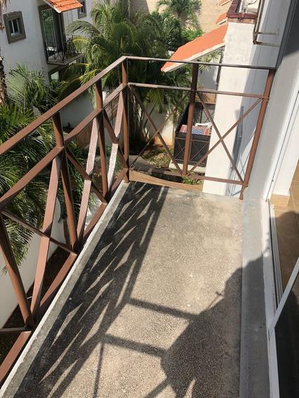 Hermosa Casa En Venta , Súper Amplia Y En Zona Centro