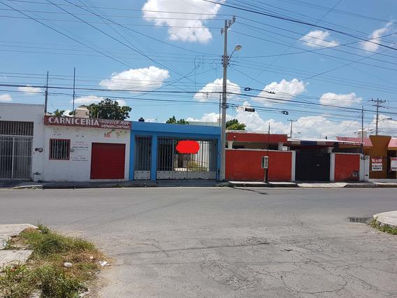 Venta De Casa Sobre Avenida En Colonia Chuburna