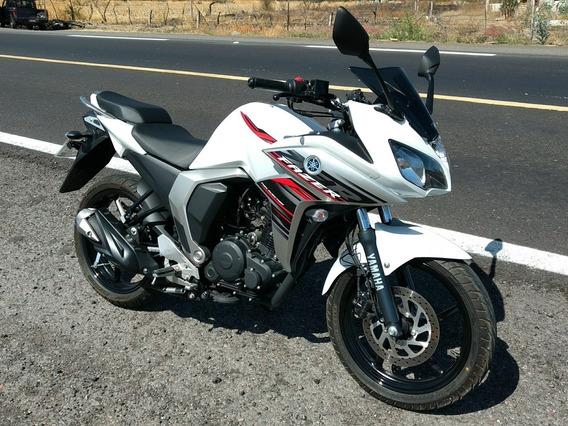 Motocicleta Yamaha Fazer Fi 2.0 2019 - Impecable