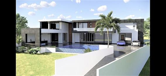 Exclusiva Residencia Con Espectacular Diseño E Inmejorable