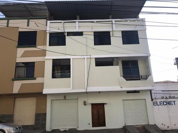 Casa En Centro De Manta 3 Dormitorios 4 Baños