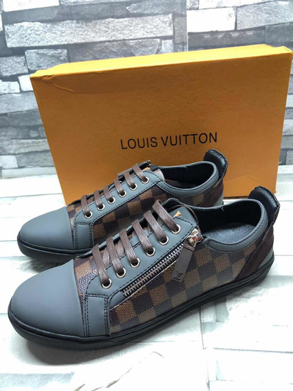 Tenis Louis Vuitton, Cuadros
