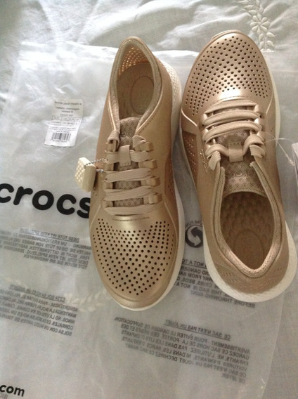 Tênis Crocs Literide Pacer Metallic Champagne Feminino 38