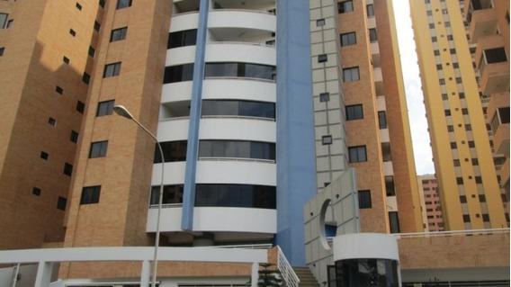 Apartamento De Lujo En La Trigaleña. Wc