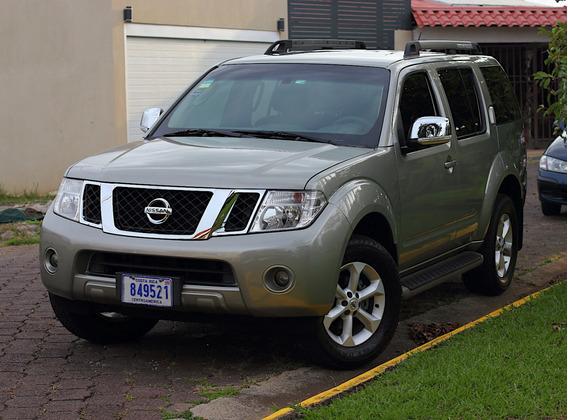 Nissan Pathfinder Pathfinder Le