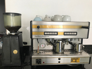 Maquina De Café Y Molino Marca San Marcos