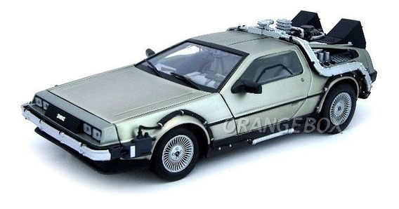 Delorean Time Machine Back To The Future I 1:18 Sunstar 2711