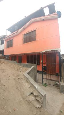 Casa De 108 Mt2-3dormitorios-2pisos