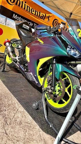Yamaha R3 De Carreras