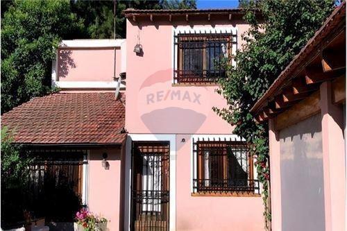 Casa Excelente Ubicación! Barrio La Esmeralda