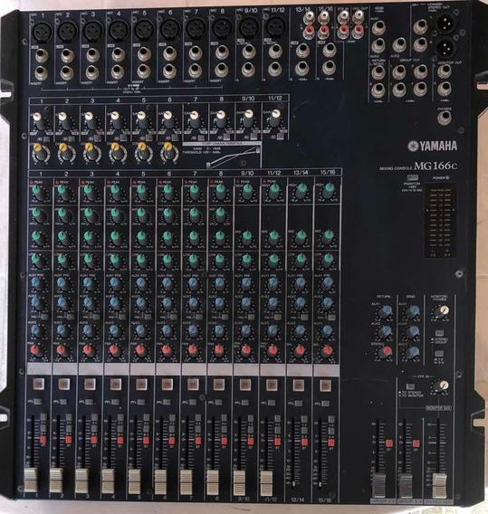 Mesa De Som 16 Canais Yamaha Mg166c