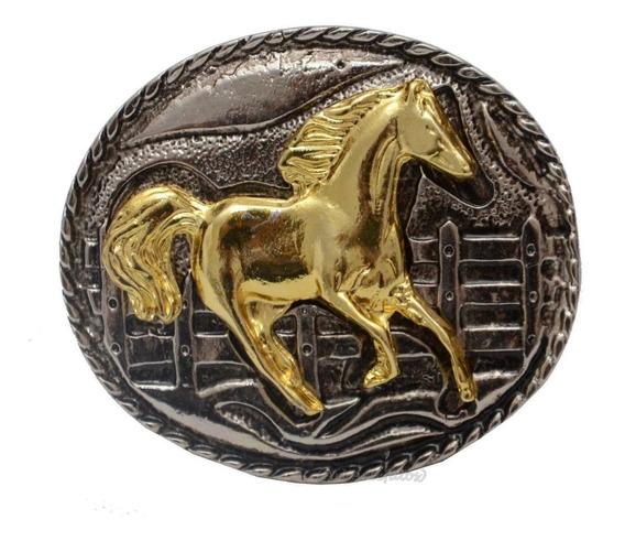 Fivela Country Cavalo - Removível No Cinto Detalhada
