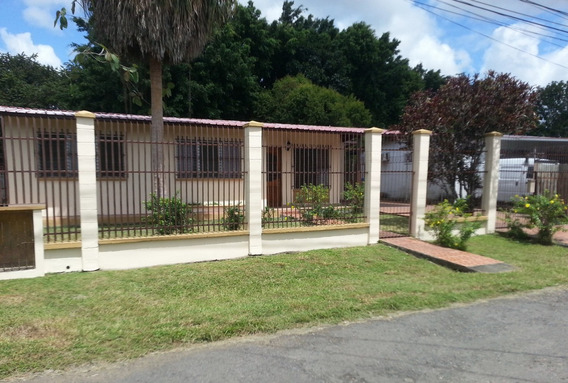 Amplia Casa Villa Mercedes, David, Chiriqui