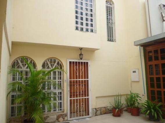 Casa En Venta El Bosque 19-8955 Nm 0414-4321326