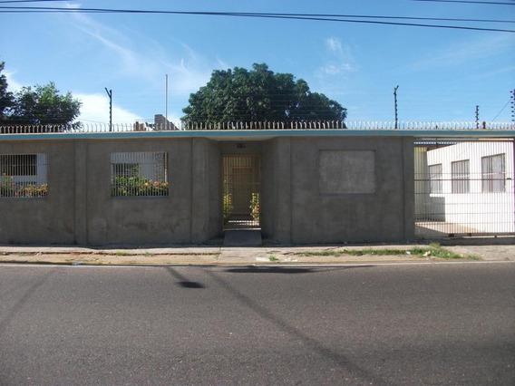 Mls #19-9909 Gaby Alquila Casa Comercial Alejandro Borgues