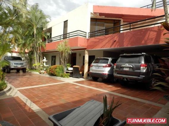 Casas En Venta En La Floresta 19-3289 Jev