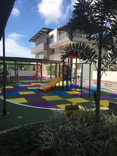 Apartamento En Venta Altos De Riomar 927-955