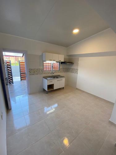 Alquiler Casa En Maroñas. 2 Dormitorios. Cochera.
