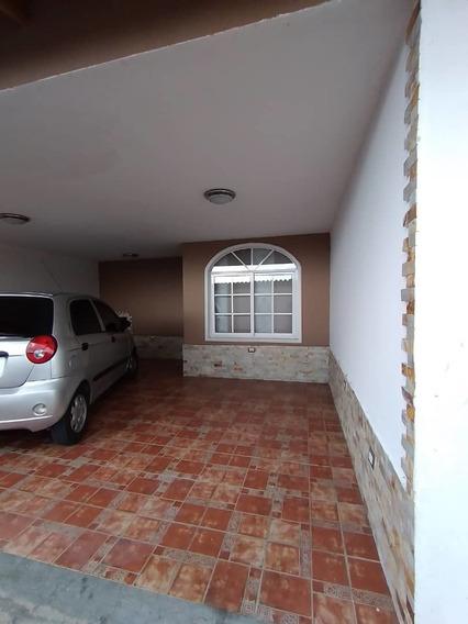 En Alquiler Casa En Pueblo Nuevo