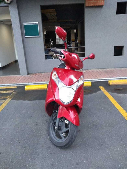Honda Elite 125 Roja