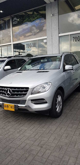 Camioneta Mercedes Ml250 En Perfecto Estado