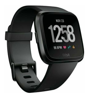 Fitbit Versa Smart Watch Con 2 Largos De Malla