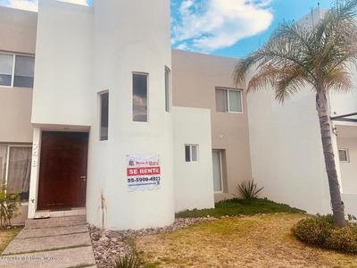 Casa En Renta En Mision Conca, Queretaro, Rah-mx-20-2421
