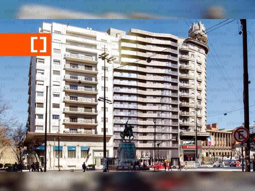 Venta De Apartamento Obra Construcción Monoambiente En Centro, Torre Centra Unidad 1407