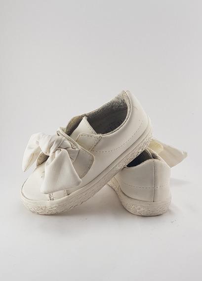 Zapatillas Zara Blancas Con Moño Niña Talle 21
