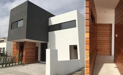 Se Vende Hermosa Residencia En La Condesa Juriquilla, 3 Habitaciones, Estudio...