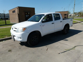 Toyota Hilux 2.5 Dx Pack Cab Doble 4x2 (2009)