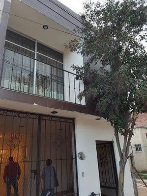 Oportunidad!! Hermosa Y Amplia Casa En Villas De Guadalupe