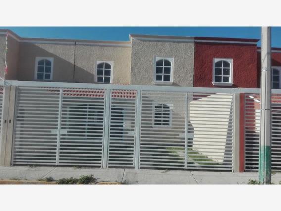 Casa Sola En Venta Valle Dorado, Excelente Ubicación, Hermosa Casa De 3 Recámaras+estudio
