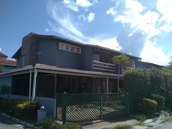 Avp 19-19922 Townhouse En Venta Castillejo