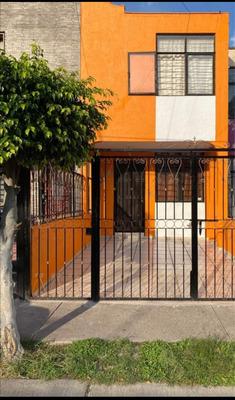 Casa En Venta A 3min De Hermosa Provincia Guadalajara