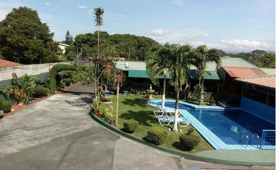 Garita Alajuela (se Recibe) 3 Casas, Piscina, Rancho Y Jardi