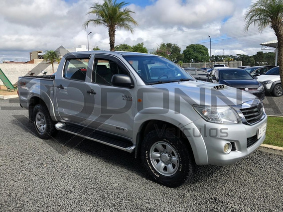 Toyota Hilux - 2013 / 2013 3.0 Std 4x4 Cd 16v Turbo Intercoo