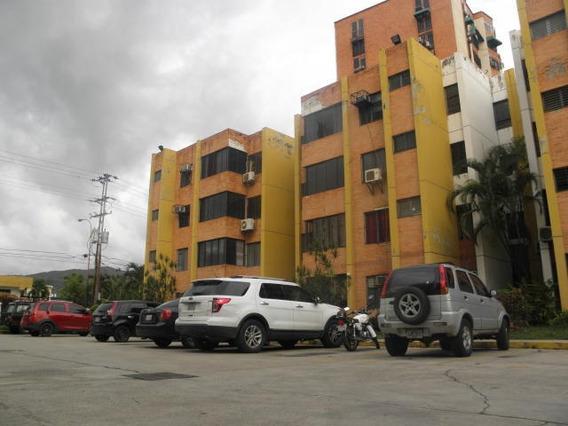 Apartamento En Venta La Granja 19-12484 Raga