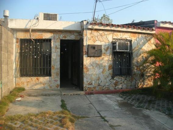 Casa En Venta La Mora