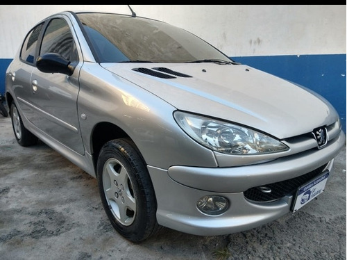 Peugeot 206 2004 1.6 16v Feline 5p