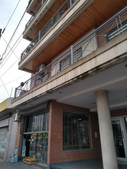 Impecable 2 Amb. Cochera, Balcón A Contrafrente. Sarandí.