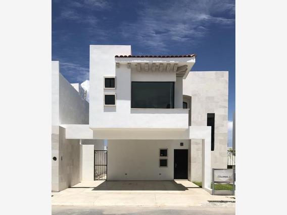 Casa En Venta En Fraccionamiento Residencial Torrealta